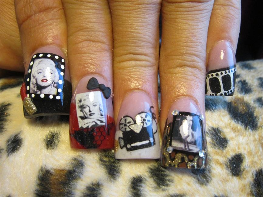 Marilyn Monroe 3 - Nail Art Gallery