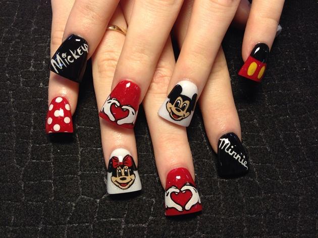 Love mickey and Minnie