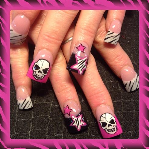 Zebra skulls