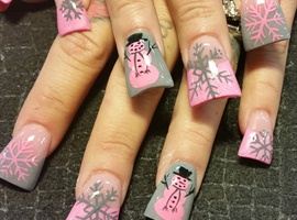 nail art: Pink winter wonderland
