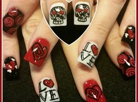 nail art: love skulls