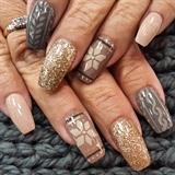Fall knit nails