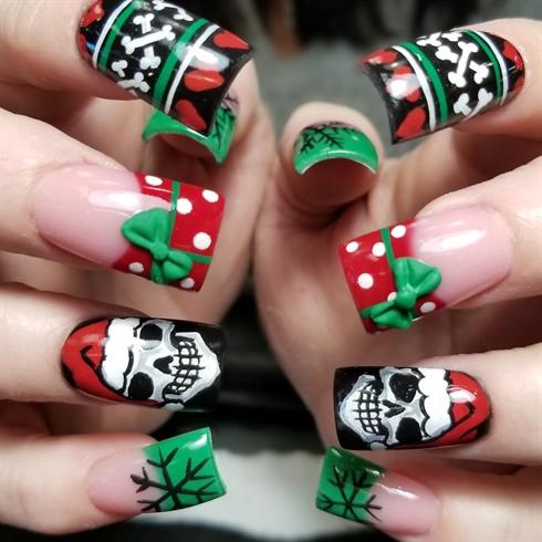 Santa skulls