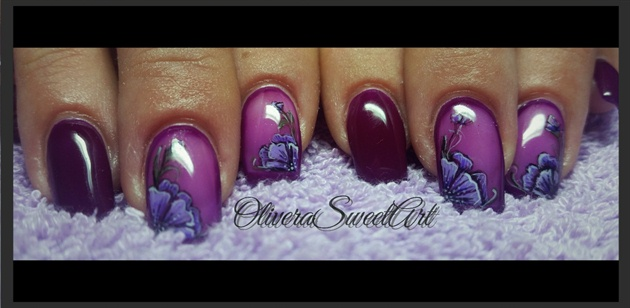 Floral purple nails