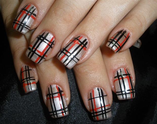 Burburry nails