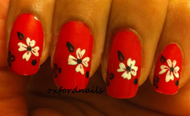 red, hibiscus white flowers
