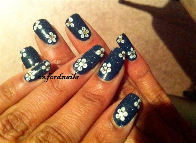 dark blue blossoms