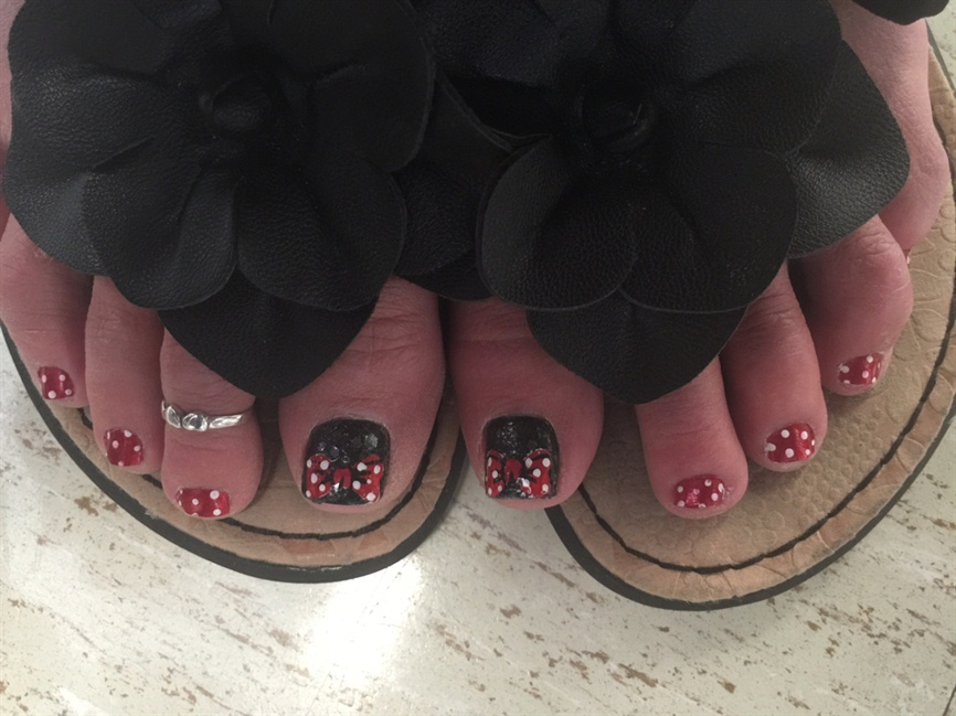 - Disney Toes - Nail Art Gallery