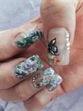 Garden nails