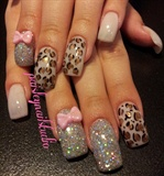 Leopard glitter