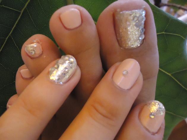 Matte Pink Gems & Glitter Matching Nails