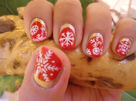Christmas Snowflakes Nail Art