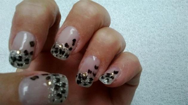 Silver + leopard print