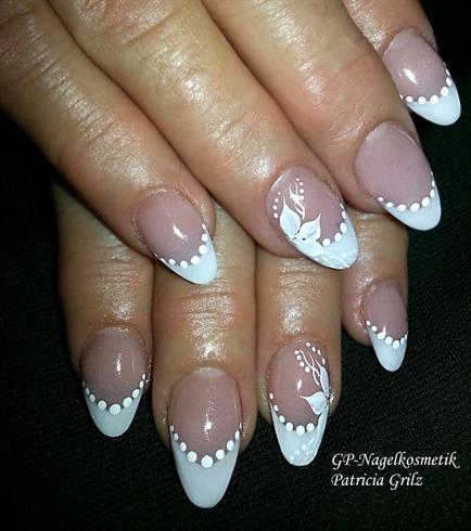 Wedding-nails / short-nails