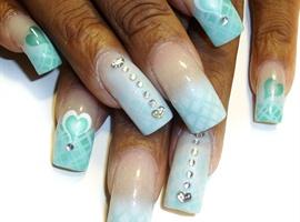 nail art: blue valentine