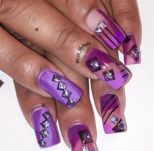 nailart purple squares