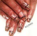 gold holiday nails