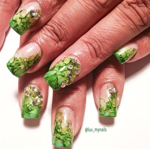 green ink nails