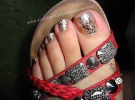NYE Reverse Gradient Toe Nail Art