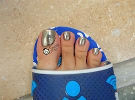 Chrome Toe Nail Art Pedicure