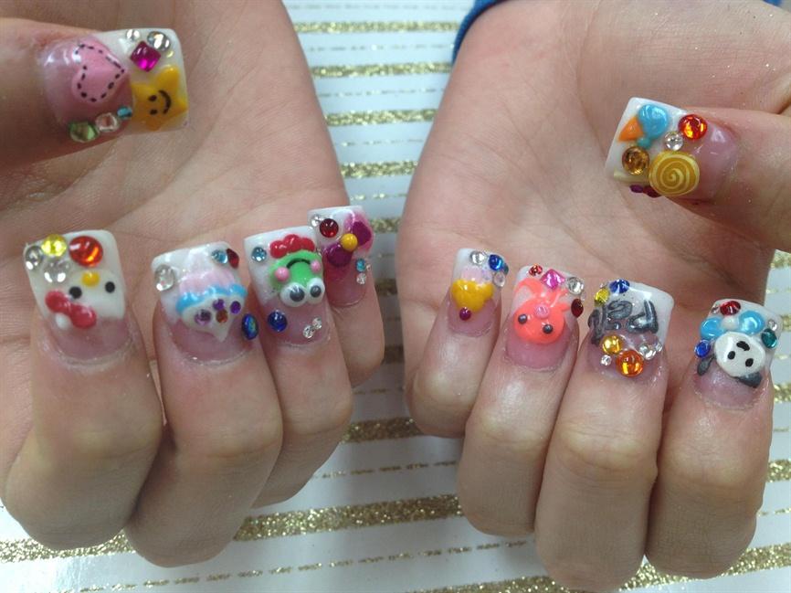 Super cute bling bling nails - Nail Art Gallery