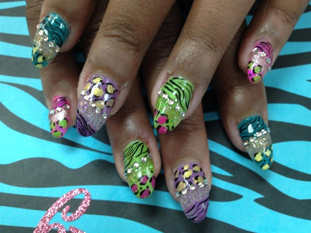Crazy rainbow animal print nails