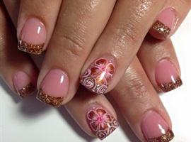 nail art: Looking Forward