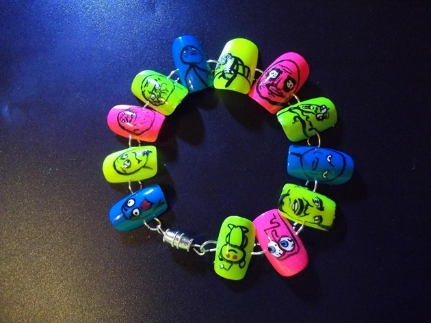Nail Art Bracelet ~ Memes