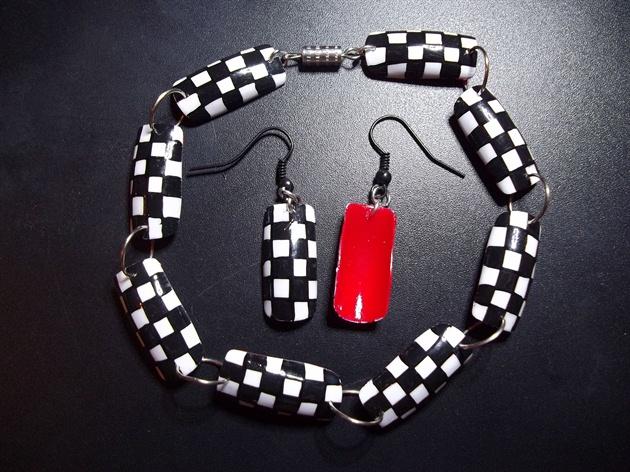 Nail Art Bracelet - Checkered