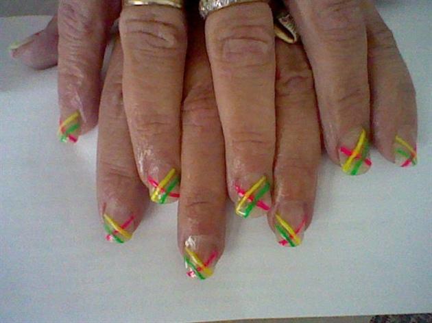 neon stripe nail art