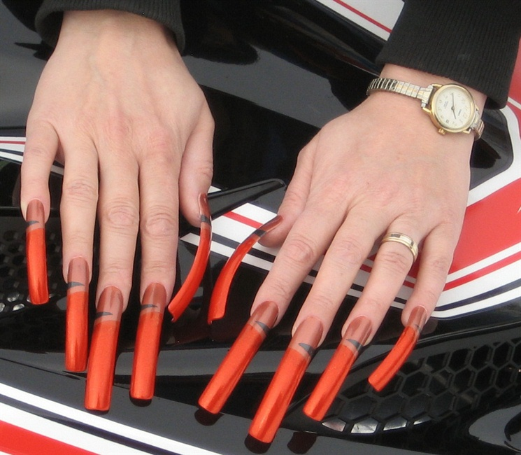 Amber Claws - Nail Art Gallery