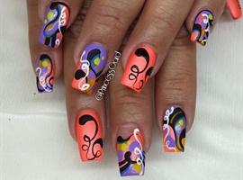 nail art: freestyle art