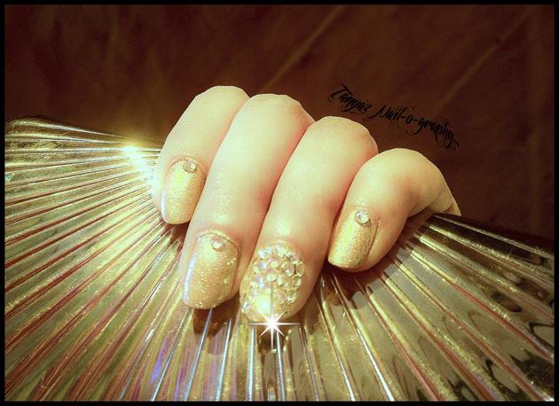 Blingy nails