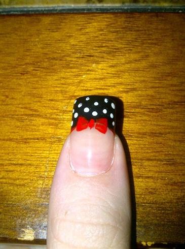 Red Bow And Polka Dots Nail Art Gallery