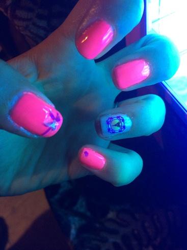Neon Pink 😋