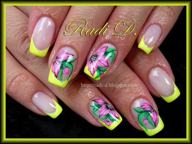 Yellow neon & flowers