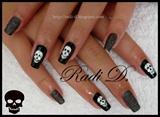 Black Sand & Skulls