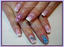nail art: Blue & Pink Dragons
