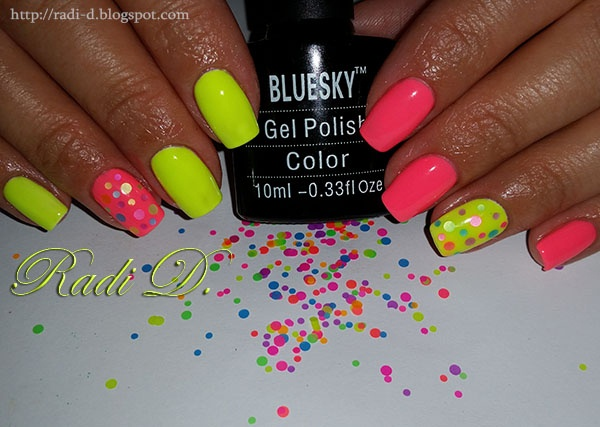 Neon gel polish with colorful circles