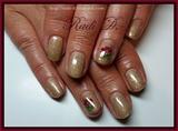 Gold glitter gel polish