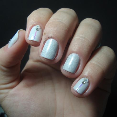 Delicate nail art