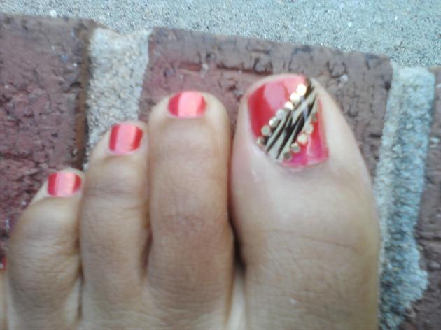 Zebra design (my toes)