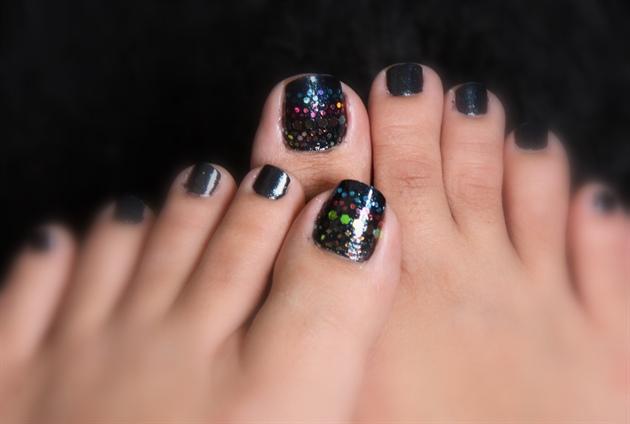 Glitter on the black polish! :)