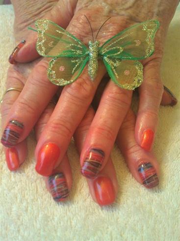 tibetan nails