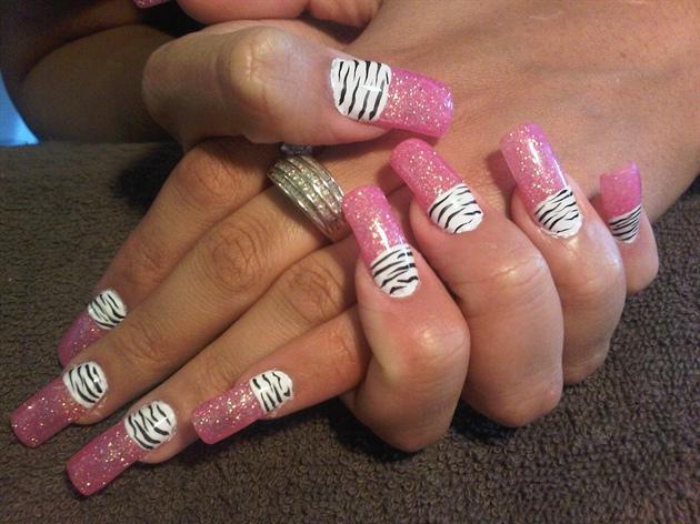 pimk and zebra