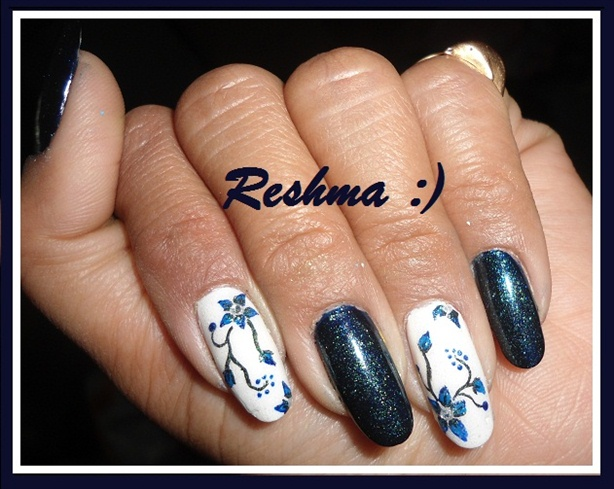 sweet nails.. :)