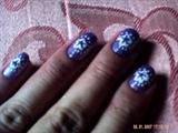 flower petal w/ dots design...