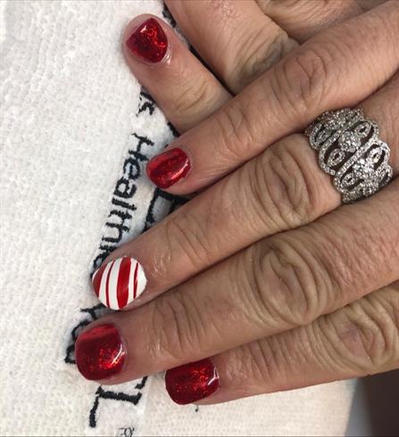 Short Candy Cane Manicure