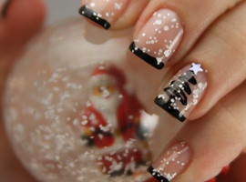 nail art: Christmas tree with snow