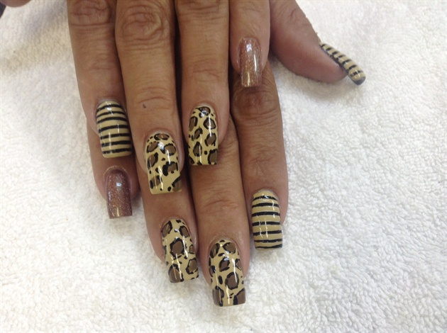 Hand paint strips cheetah